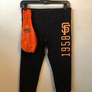 Matching VSpink giants crop leggings and bandeau